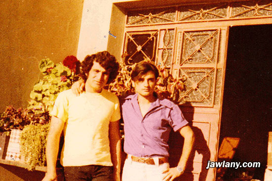 أرسلت من قبل عز الدين الصفدي - السويد يقول عز الدين: التقطت عام 1972 ويظهر فيها من اليمين غسان أبوصالح (أبو طلال) وعز الدين الصفدي